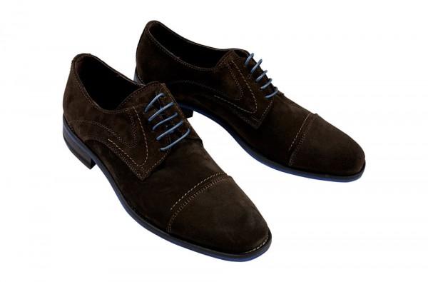 photographie packshot d'une paire de chaussures