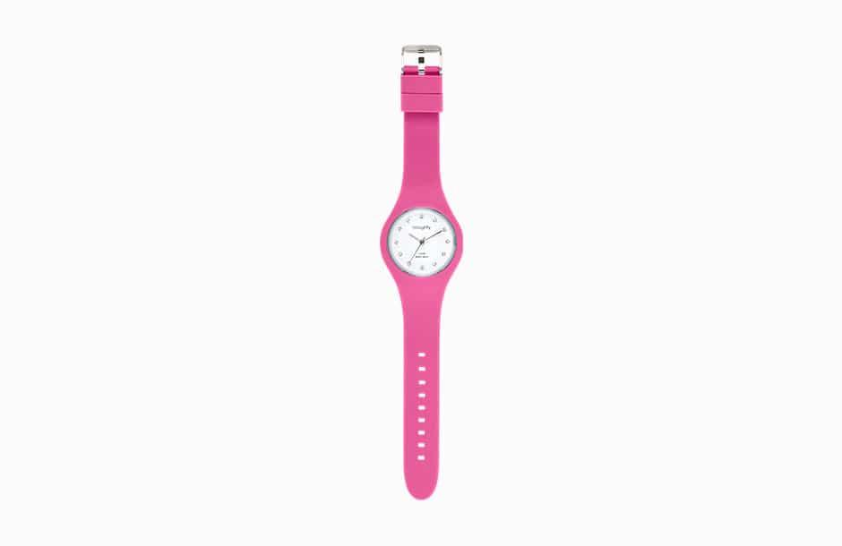 Lumiprod, montre Naughty photographiée déroulée sur fond blanc.