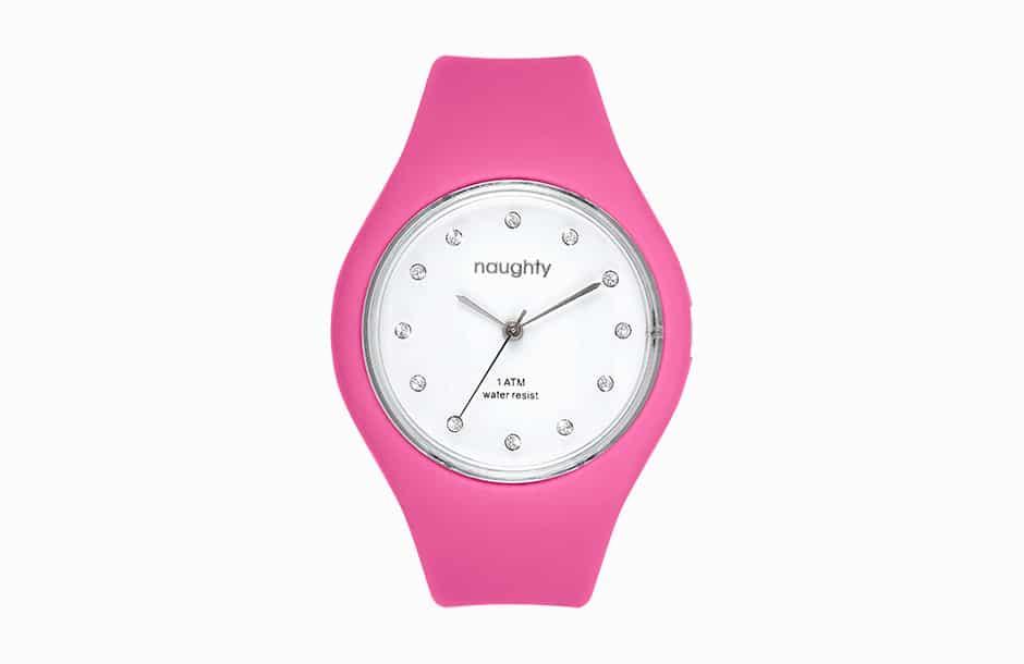 Photographie packshot de la montre Naughty avec le bracelet enroulé.