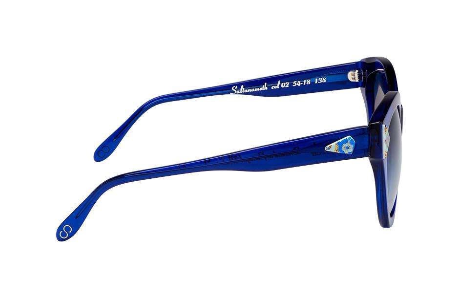 Vue de profil de la monture de lunettes de soleil Clush Eyewear.