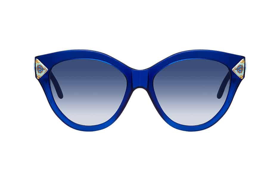 Photographie packshot en studio de lunettes de soleil Clush Eyewear. Vue de face.
