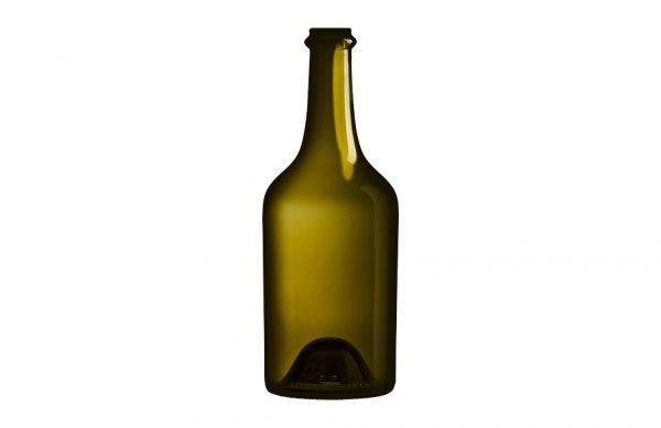 Photographie en studio d'une bouteille en verre.