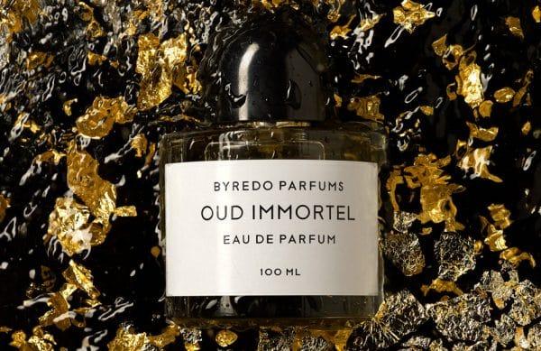 Photographie d'ambiance de parfums.